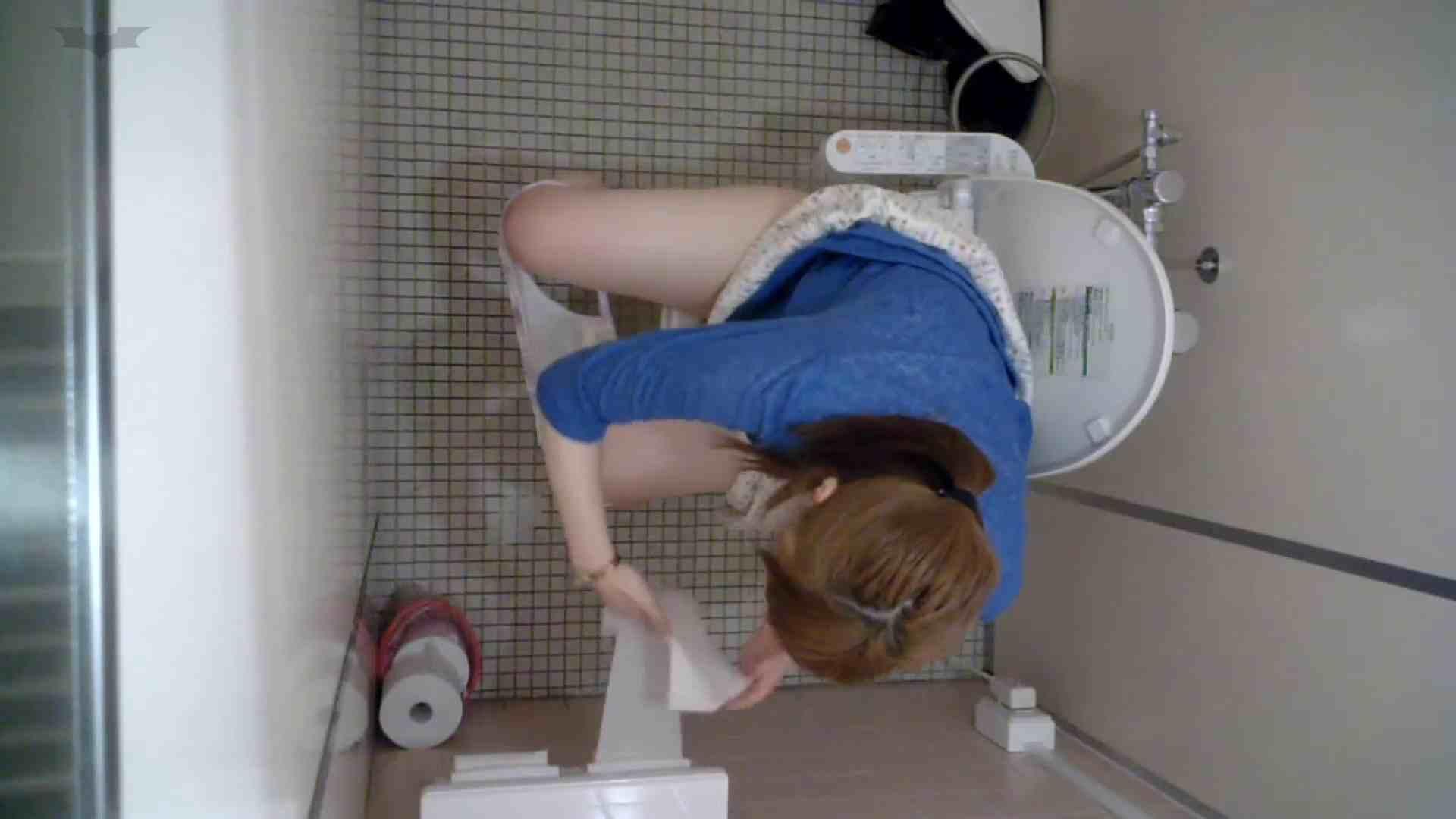 有名大学女性洗面所 vol.48 おっ、脱いじゃう感じだっ!!しかも粒ぞろい 排泄   和式でハメ撮り  70pic 25
