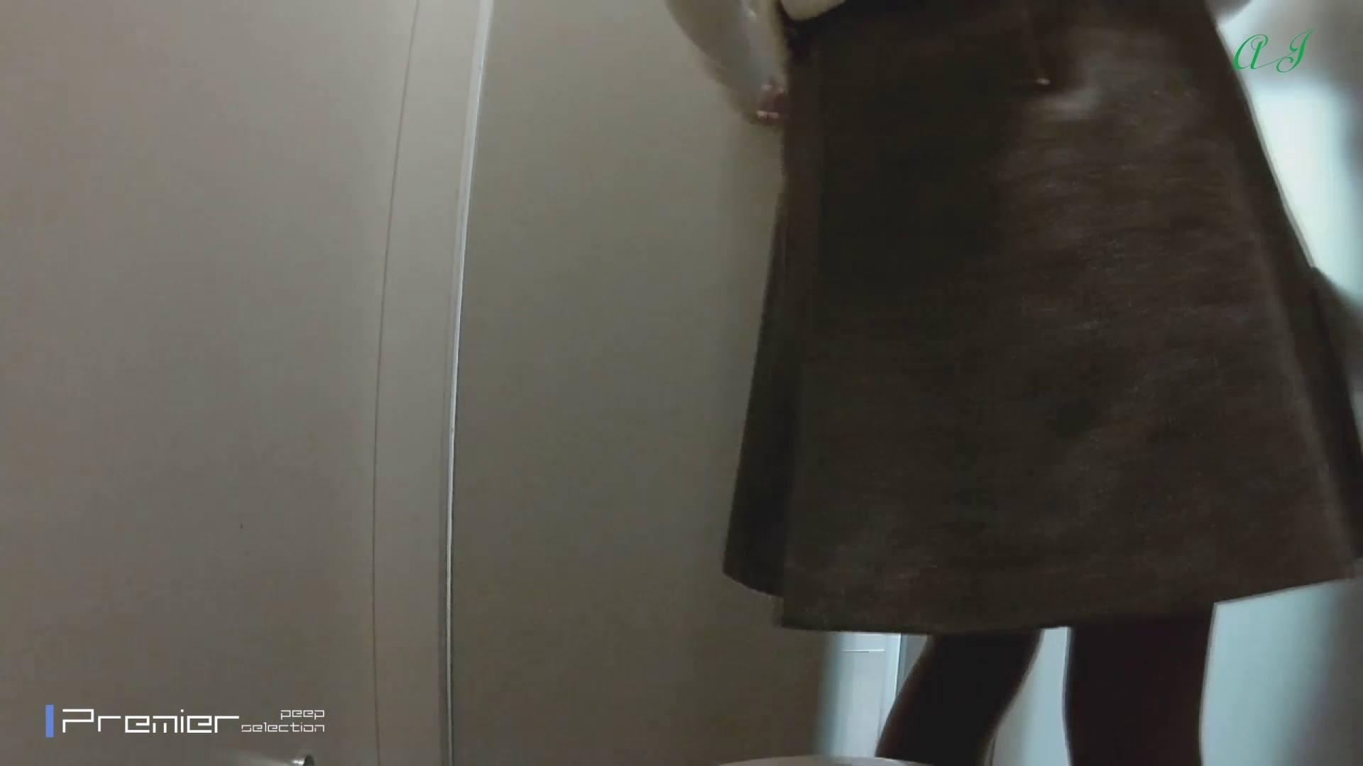 大あり美JDトイレ盗撮【有名大学女性洗面所 vol.80】 色っぽいOL達 オマンコ無修正動画無料 69pic 2