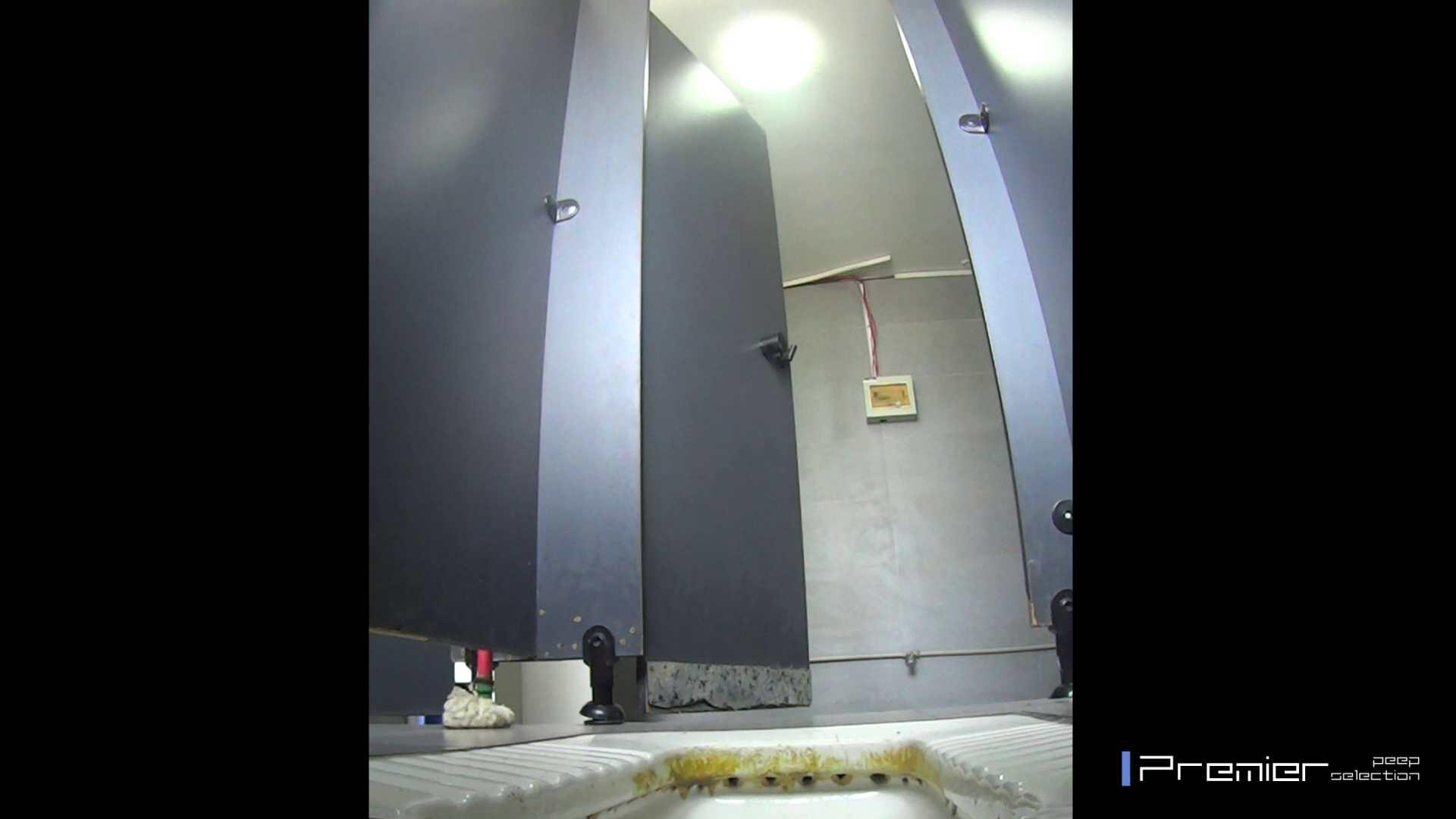 ポチャのお女市さんが多めです 有名大学休憩時間の洗面所事情11 美女 | 盗撮  92pic 56