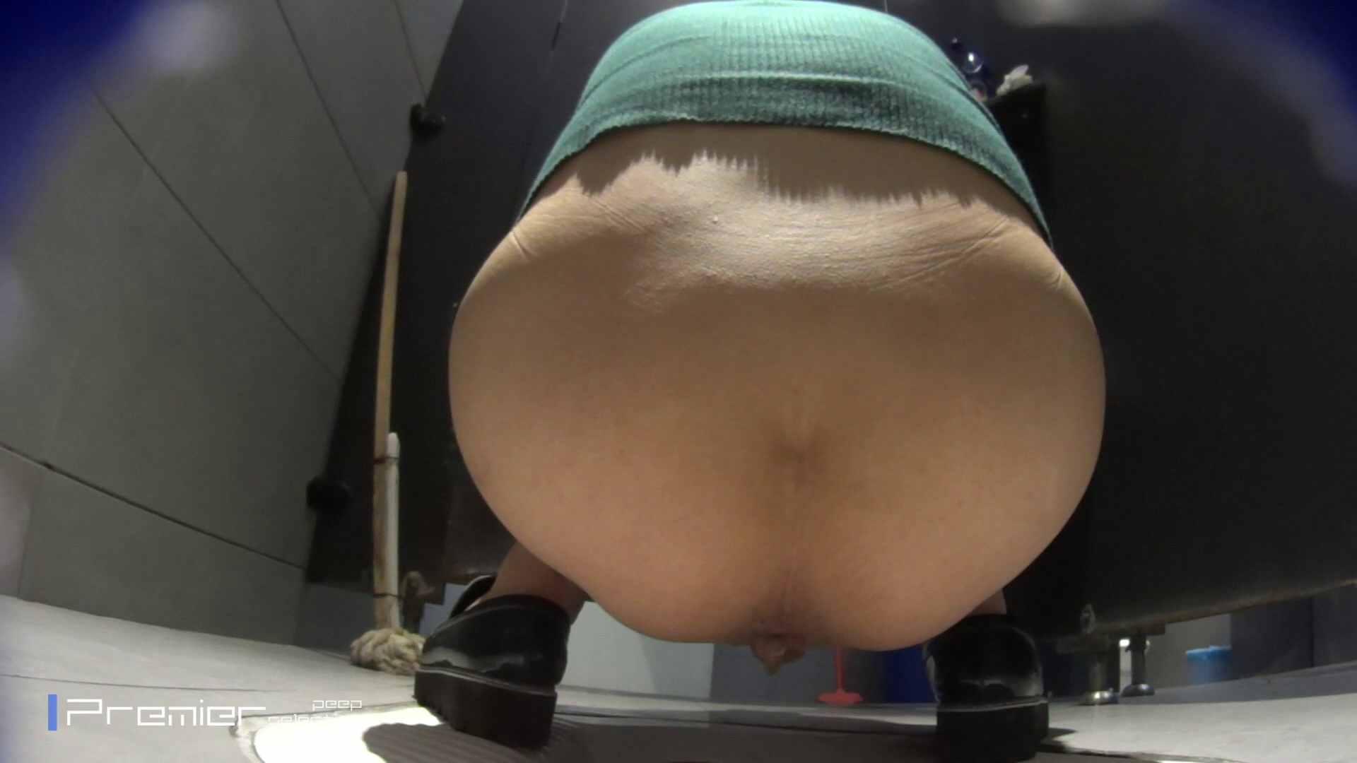 トイレットペーパーを握りしめ個室に入る乙女 大学休憩時間の洗面所事情83 盗撮 エロ画像 98pic 79