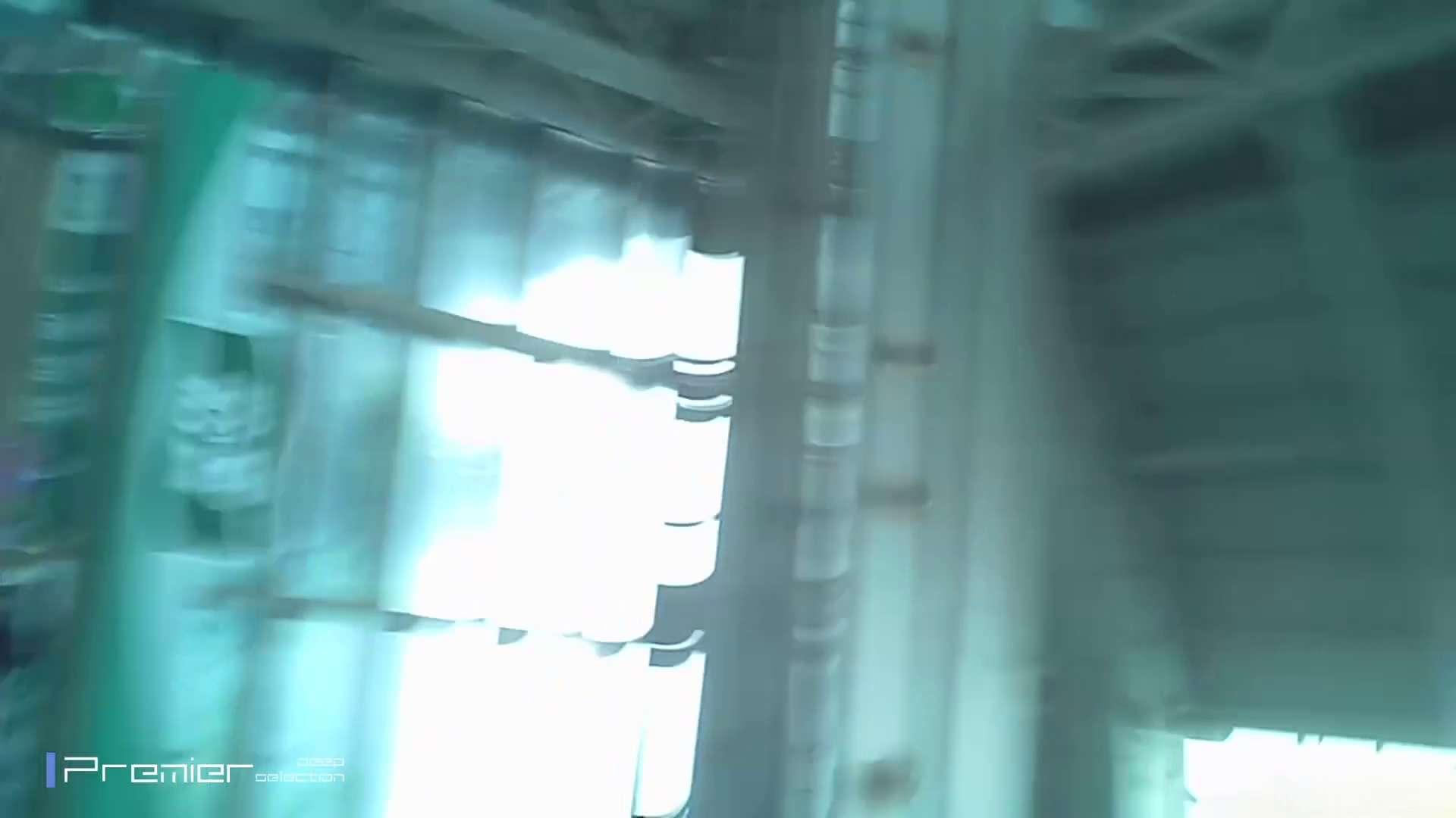 ギャルのパンチラ 美女の痴態に密着!Vol.13 潜入 アダルト動画キャプチャ 55pic 22