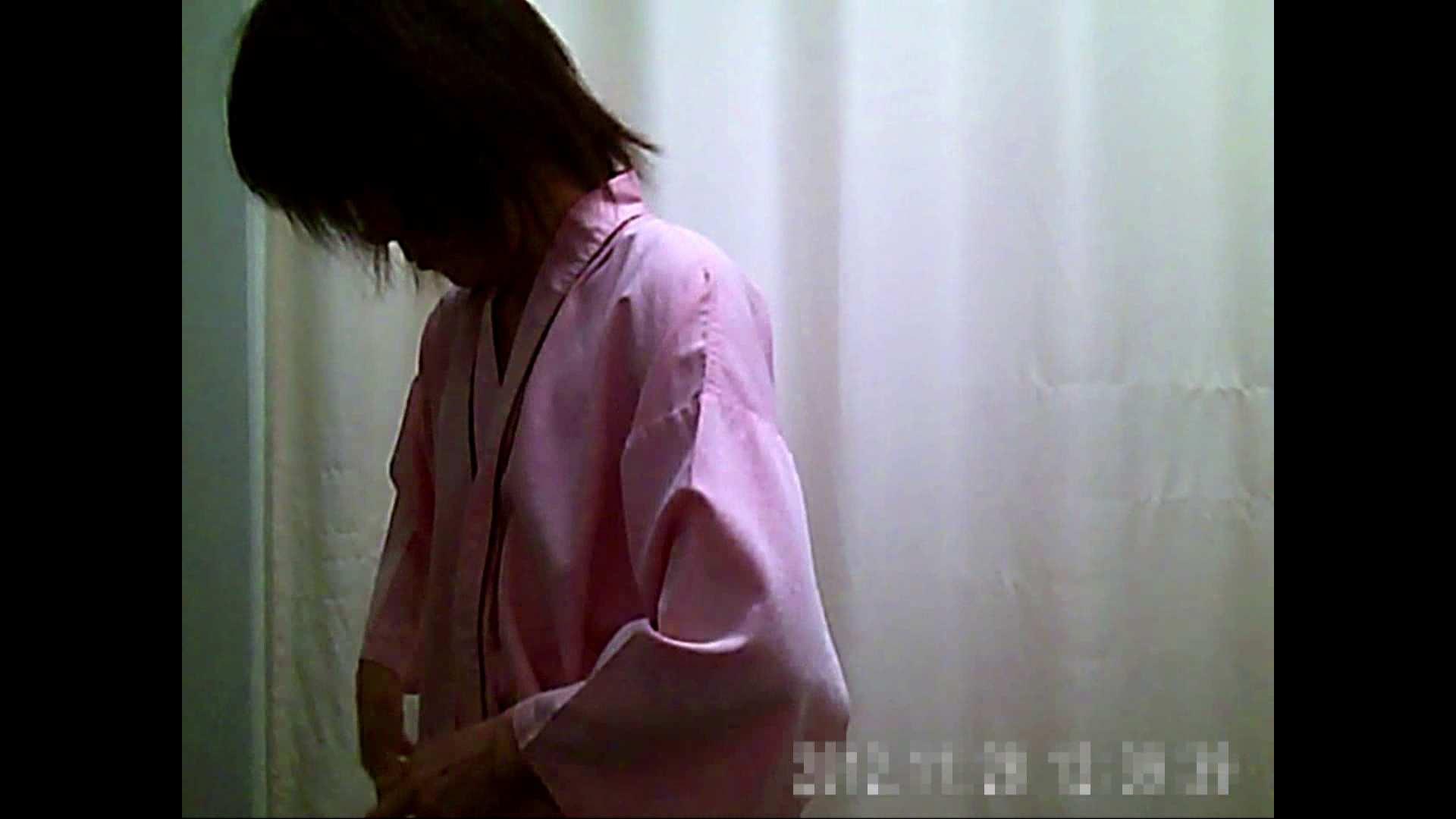 元医者による反抗 更衣室地獄絵巻 vol.135 色っぽいOL達   0  77pic 7