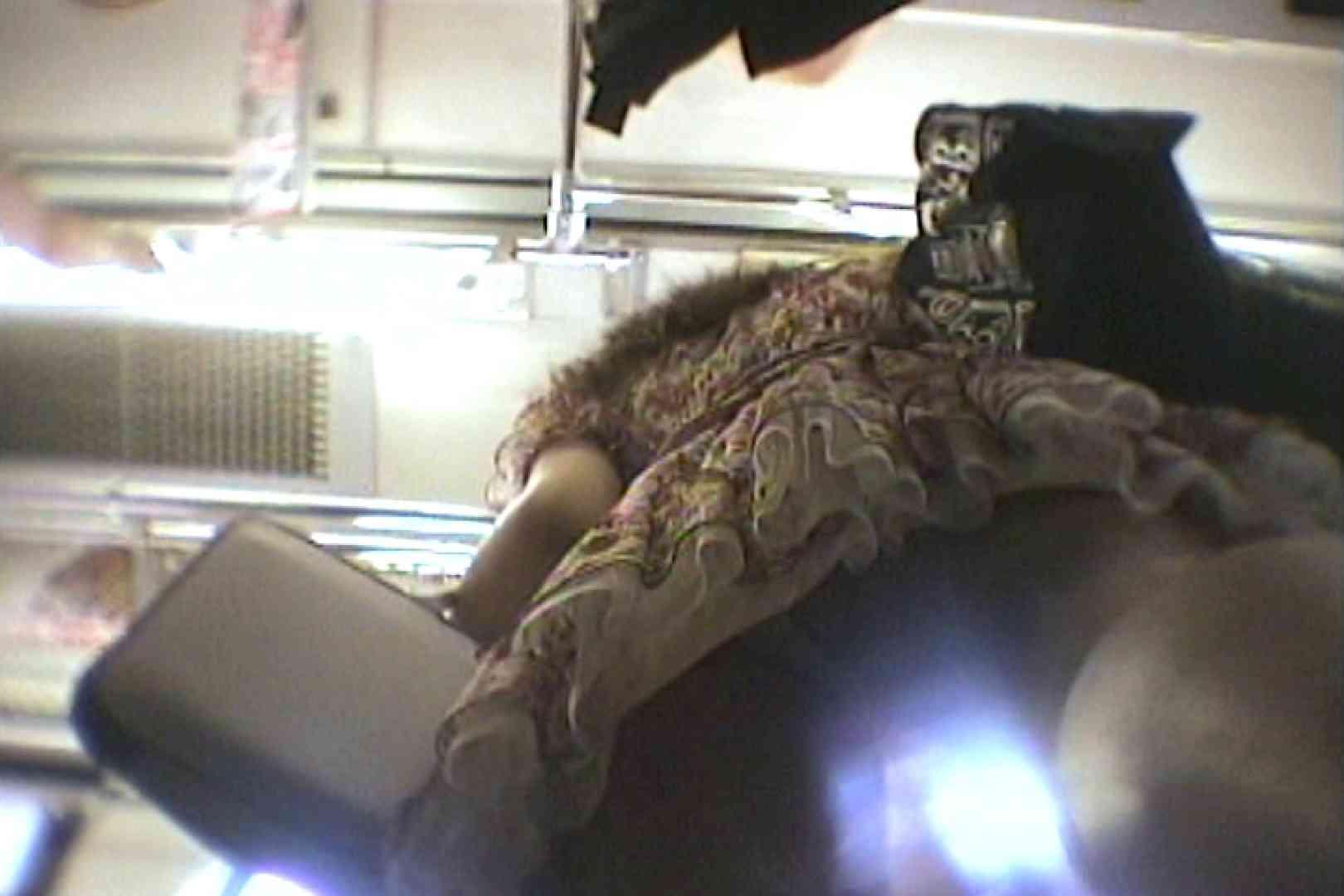 会員No.6 KAIさんのパンチラOL通勤の会 パンチラ | 色っぽいOL達  80pic 1