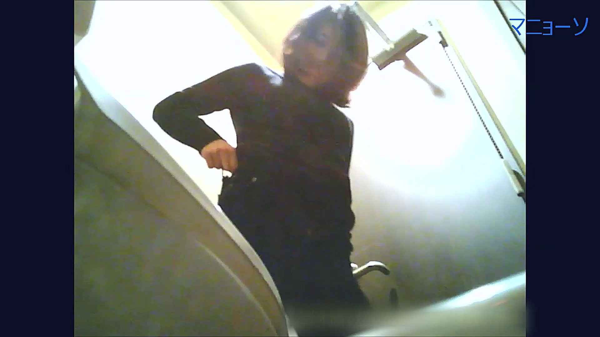 トイレでひと肌脱いでもらいました (JD編)Vol.03 トイレ盗撮 | 色っぽいOL達  70pic 13