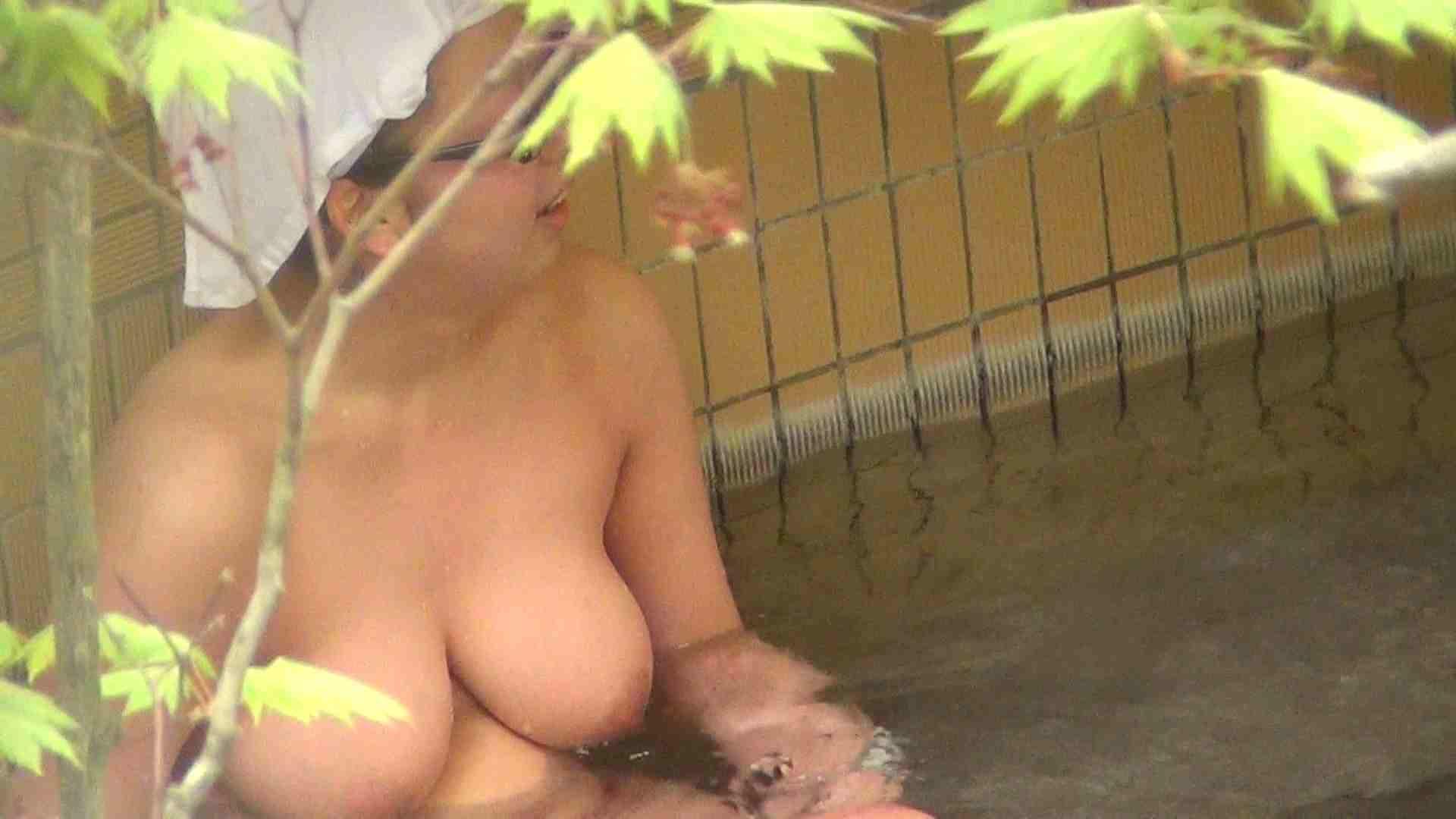 ハイビジョンVol.7 巨乳と細身の美乳 お好みで 美女 濡れ場動画紹介 74pic 39