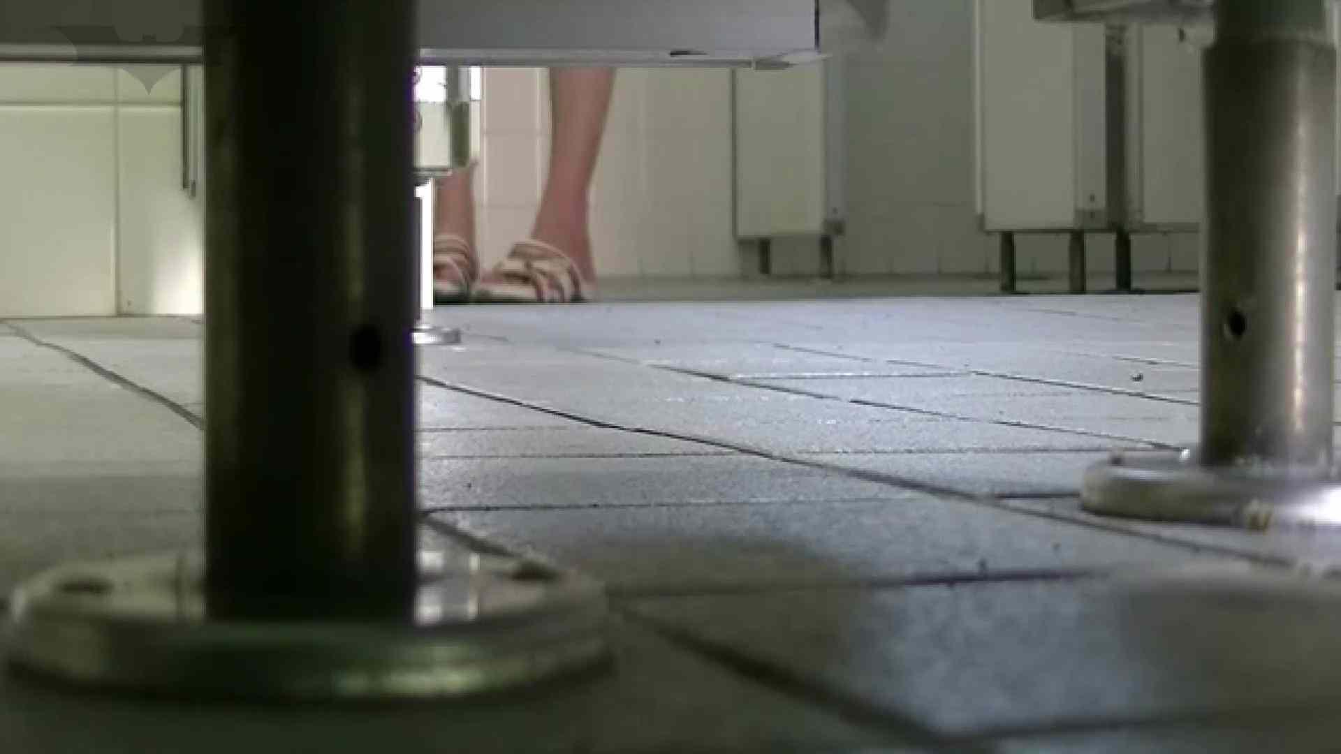夏の思い出浜辺トイレ盗撮Vol.27 トイレ盗撮 のぞき動画画像 98pic 69
