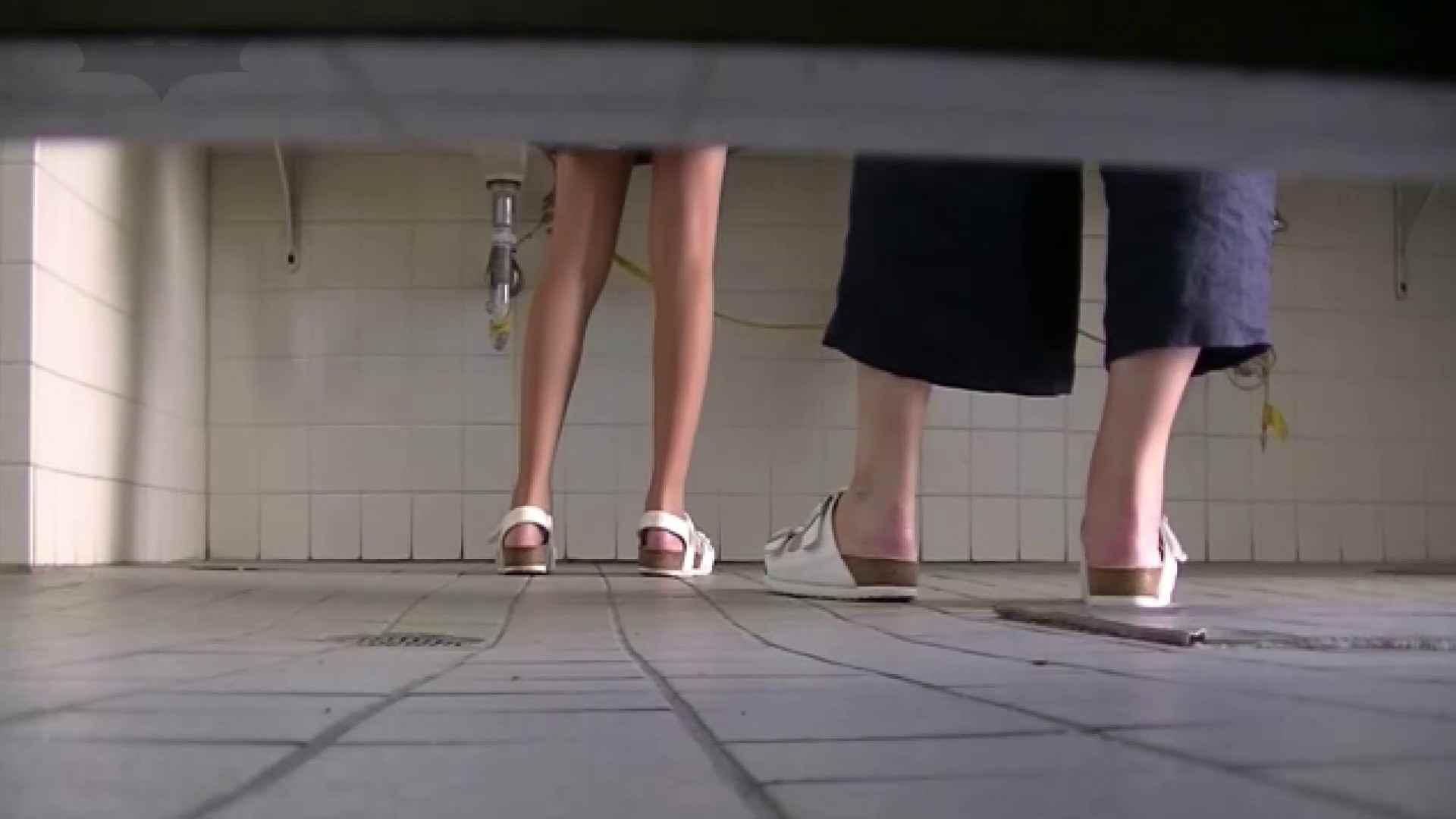 夏の思い出浜辺トイレ盗撮Vol.28 和式でハメ撮り | 盗撮  84pic 21