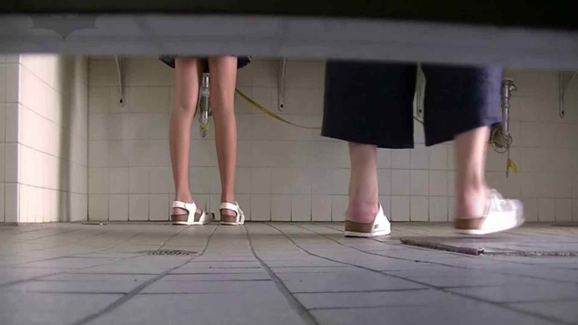 夏の思い出浜辺トイレ盗撮Vol.28 トイレ盗撮 おめこ無修正動画無料 84pic 24