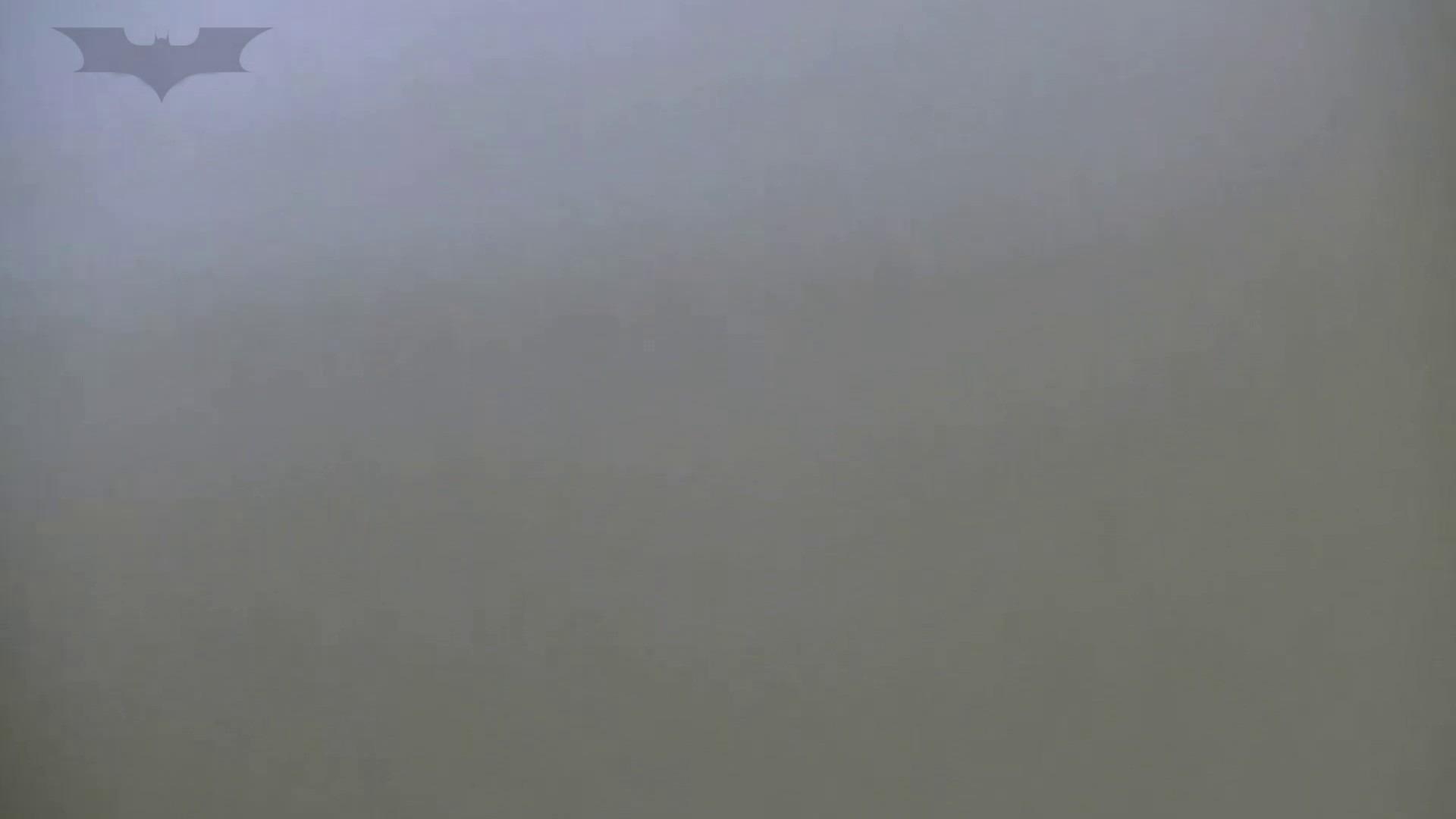 夏の思い出浜辺トイレ盗撮Vol.28 色っぽいOL達 オメコ無修正動画無料 84pic 37