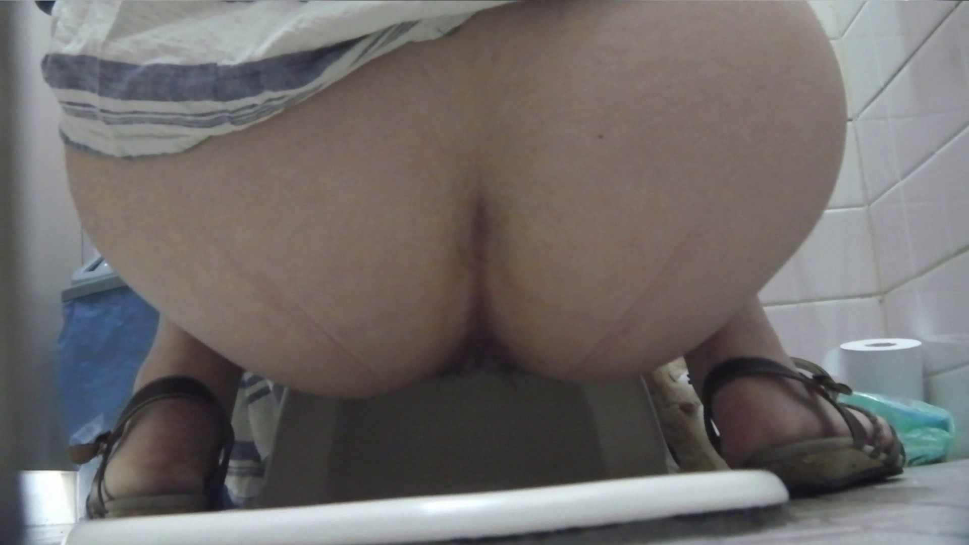 お銀さんの「洗面所突入レポート!!」Nol.12 美人   色っぽいOL達  91pic 64
