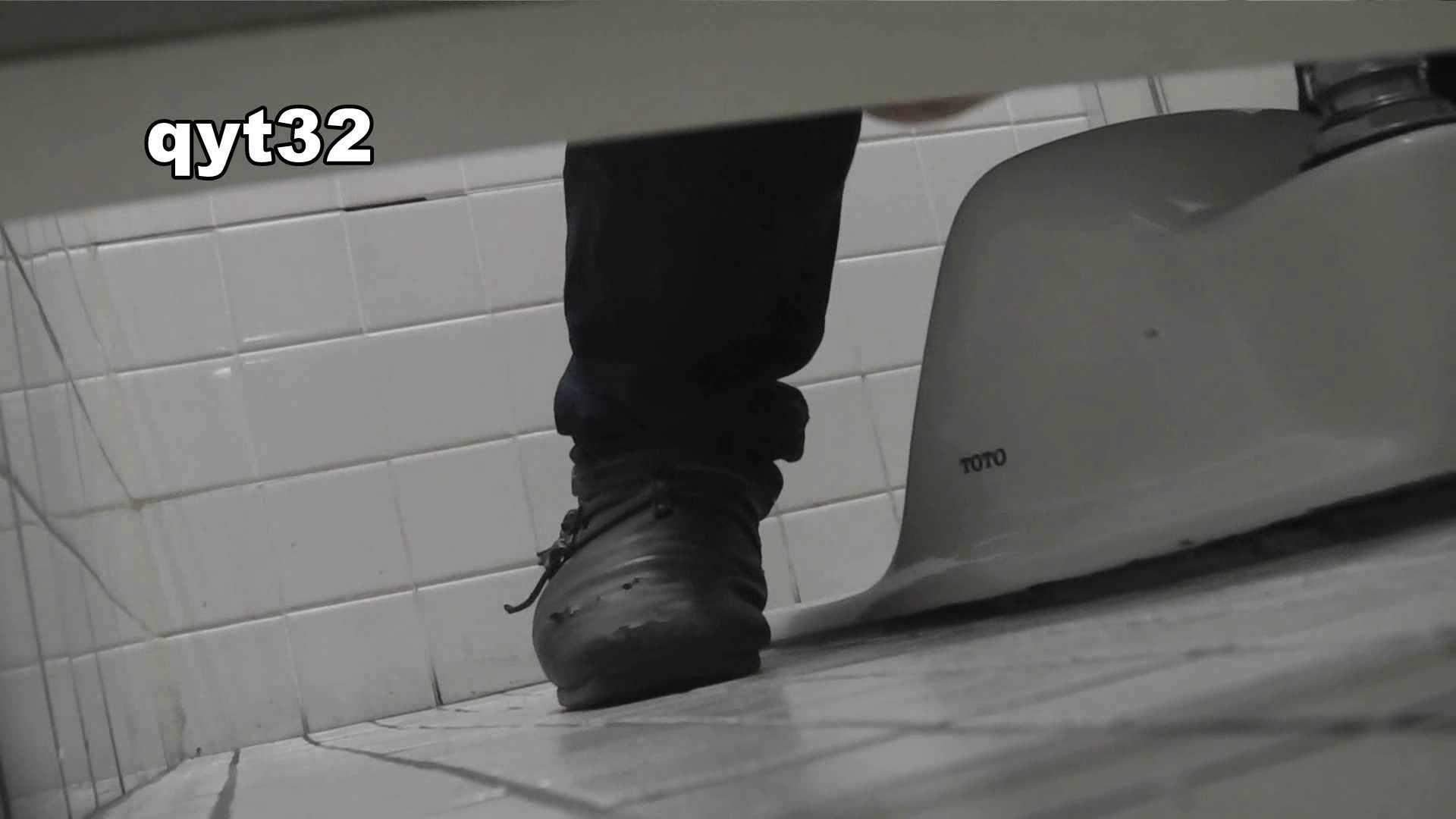 お銀さんの「洗面所突入レポート!!」 vol.32 執念 洗面所 ワレメ動画紹介 89pic 14
