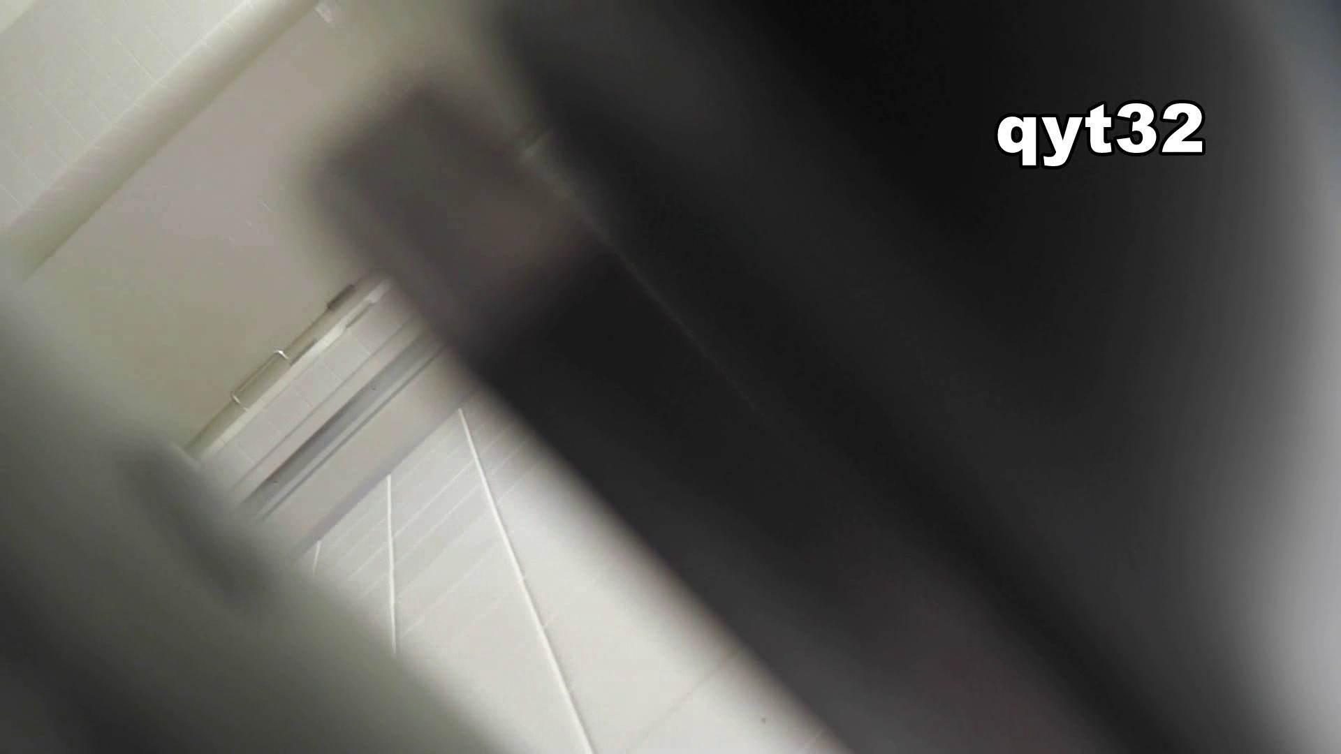お銀さんの「洗面所突入レポート!!」 vol.32 執念 洗面所 ワレメ動画紹介 89pic 86
