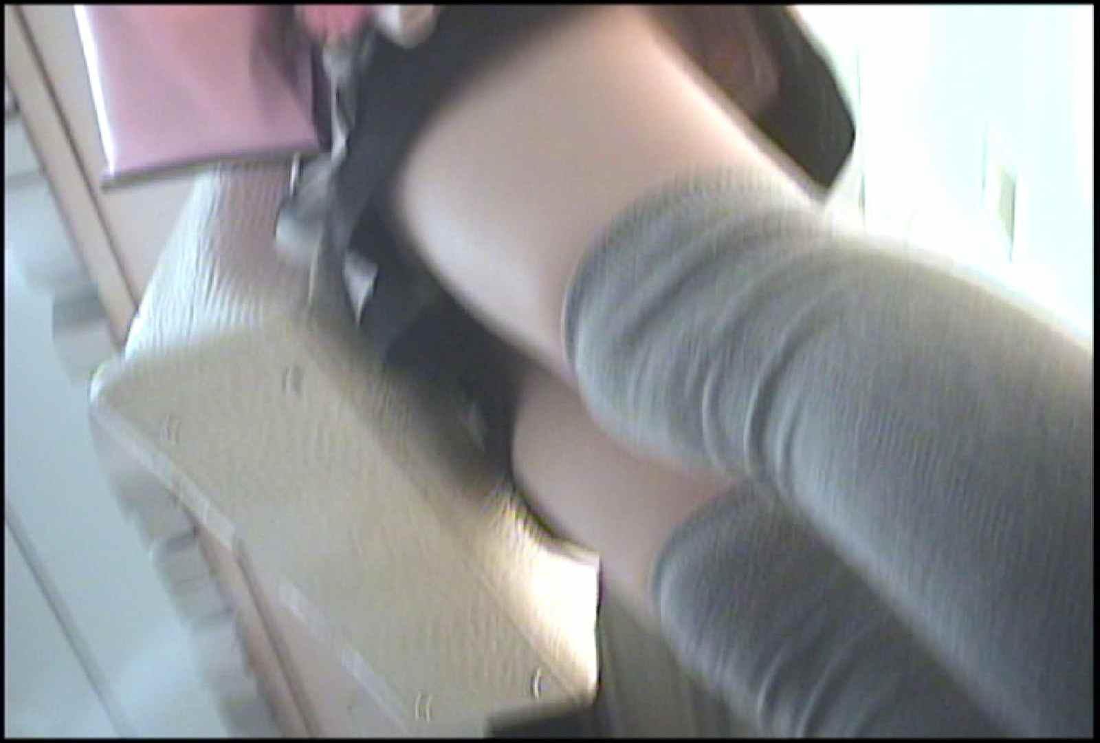 「しん」さんの逆さバイキングVol.1 パンチラ 隠し撮りオマンコ動画紹介 95pic 50