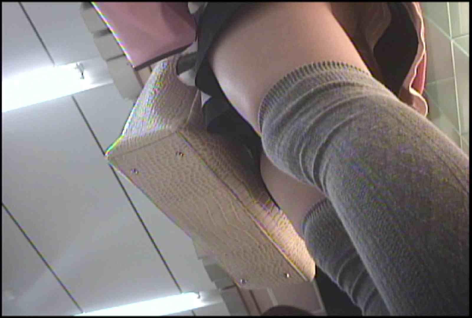 「しん」さんの逆さバイキングVol.1 パンチラ 隠し撮りオマンコ動画紹介 95pic 77