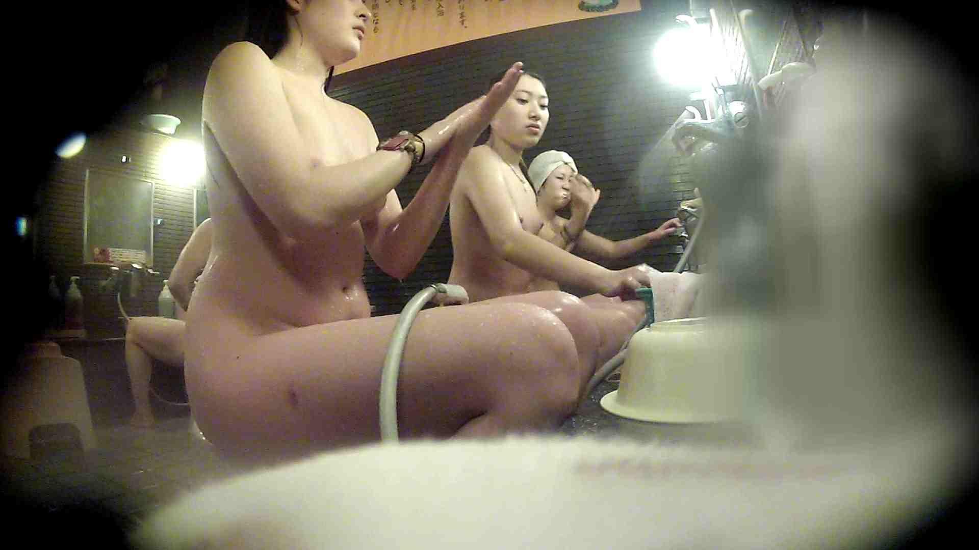洗い場!お二人とも清楚でお美しいでございます。 銭湯 | 潜入  50pic 3