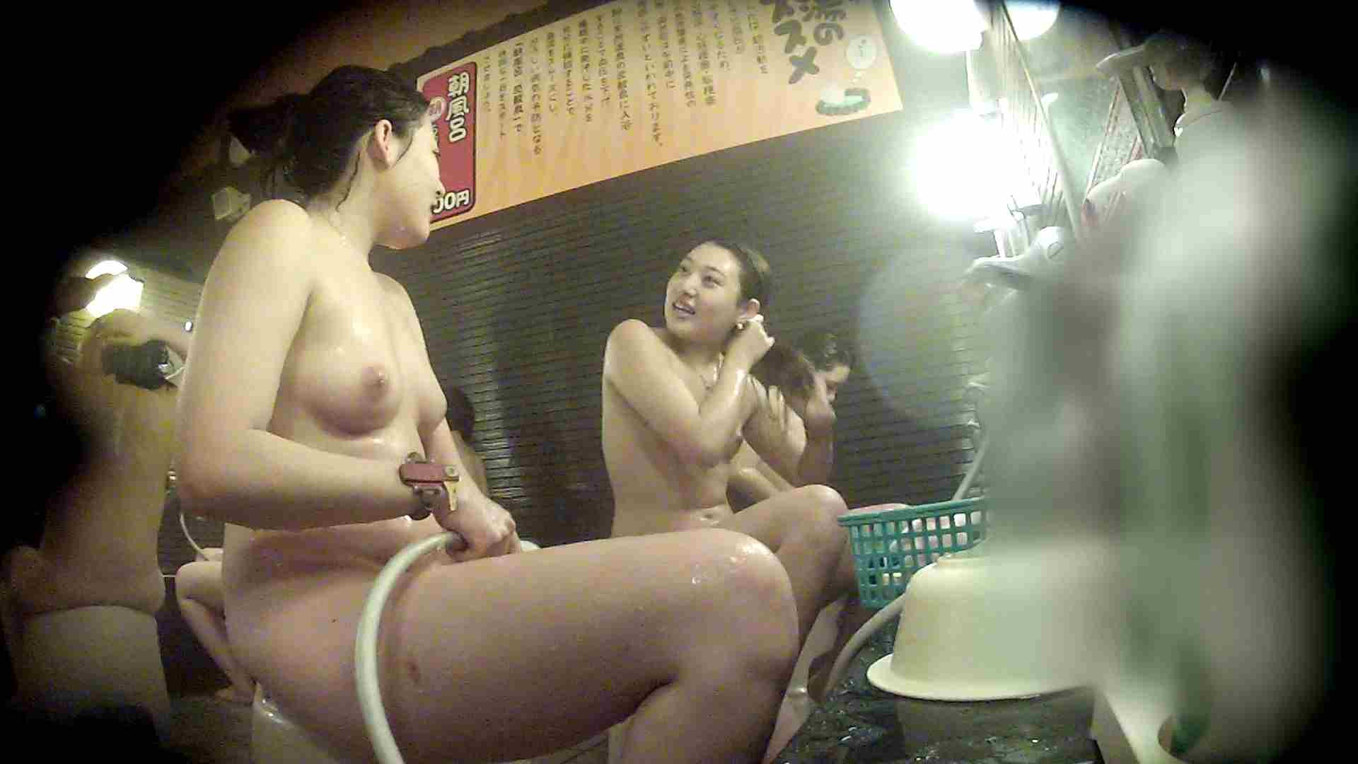 洗い場!お二人とも清楚でお美しいでございます。 銭湯 | 潜入  50pic 5