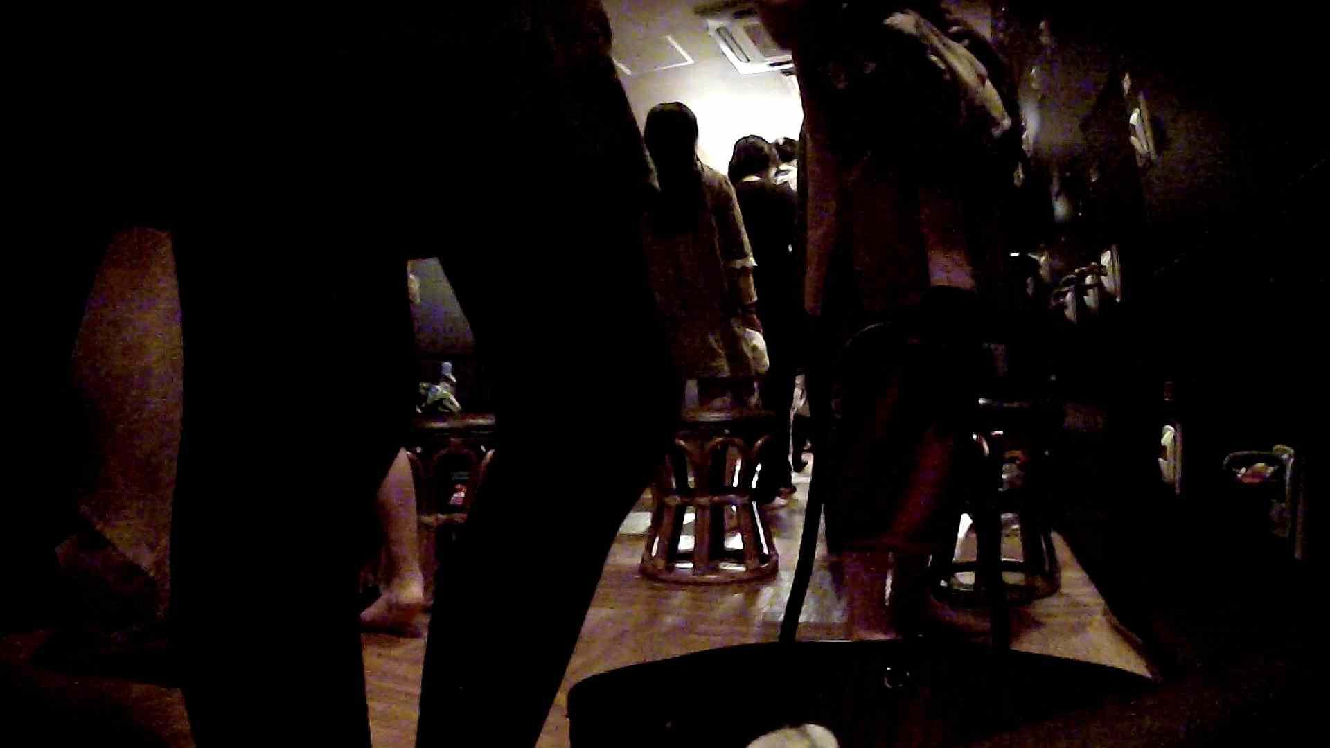 脱衣所!オムニバス 大混雑!注目はあの人の御御足でしょう。 脱衣所・着替え編  100pic 42