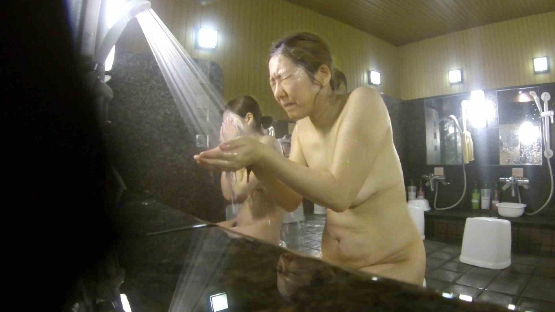 洗い場!崩れかけ?いや、崩れてます。。。 銭湯   潜入  101pic 3