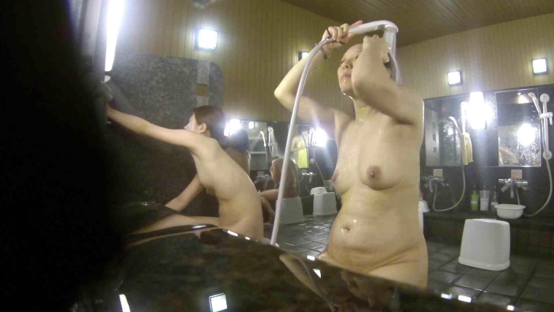 洗い場!崩れかけ?いや、崩れてます。。。 銭湯  101pic 36