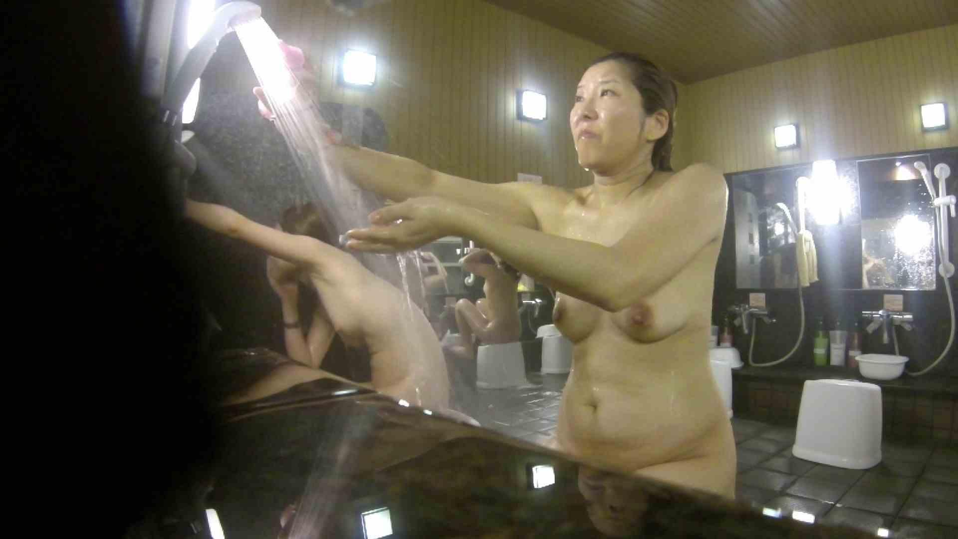 洗い場!崩れかけ?いや、崩れてます。。。 銭湯  101pic 44