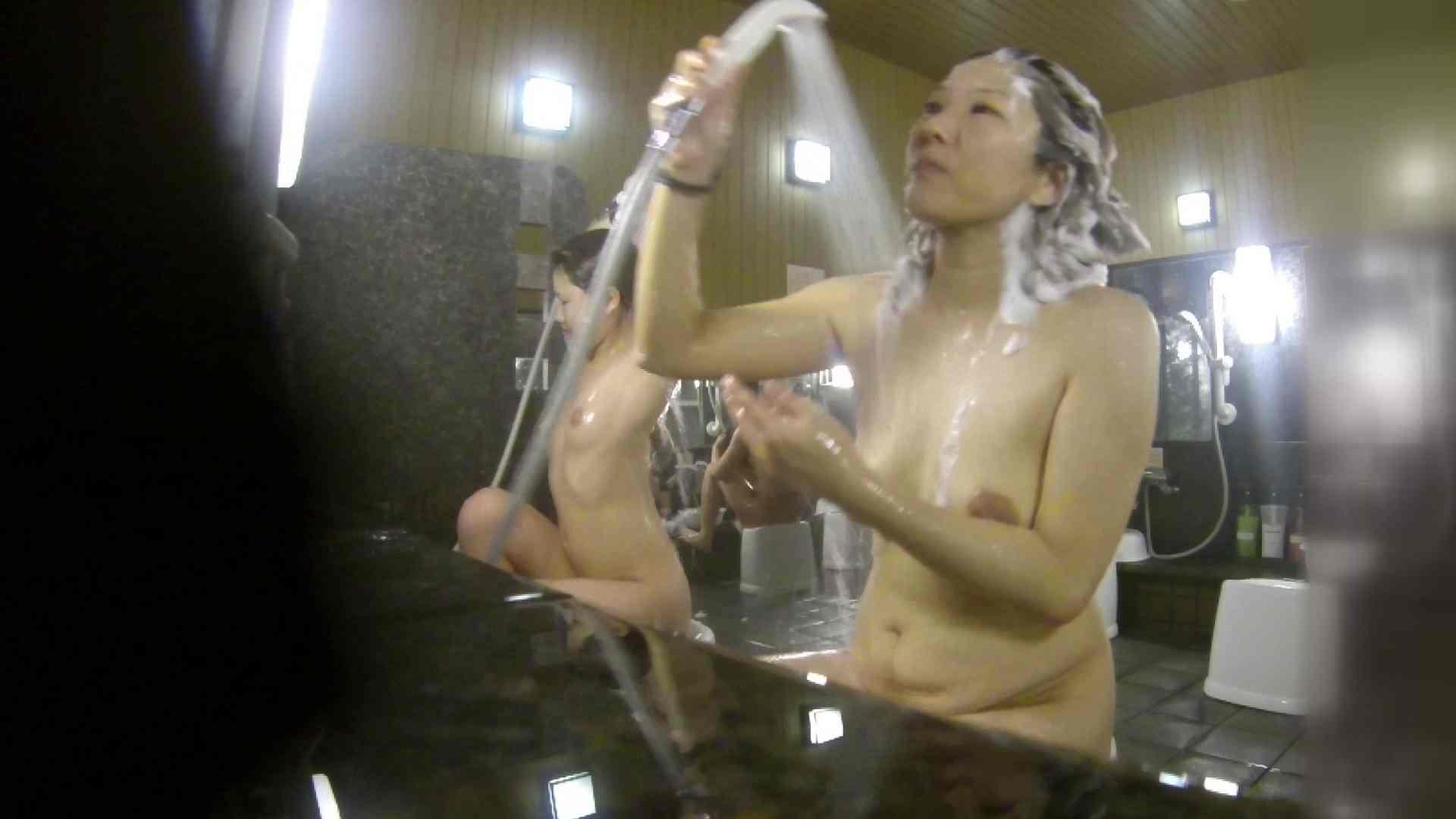 洗い場!崩れかけ?いや、崩れてます。。。 銭湯   潜入  101pic 79