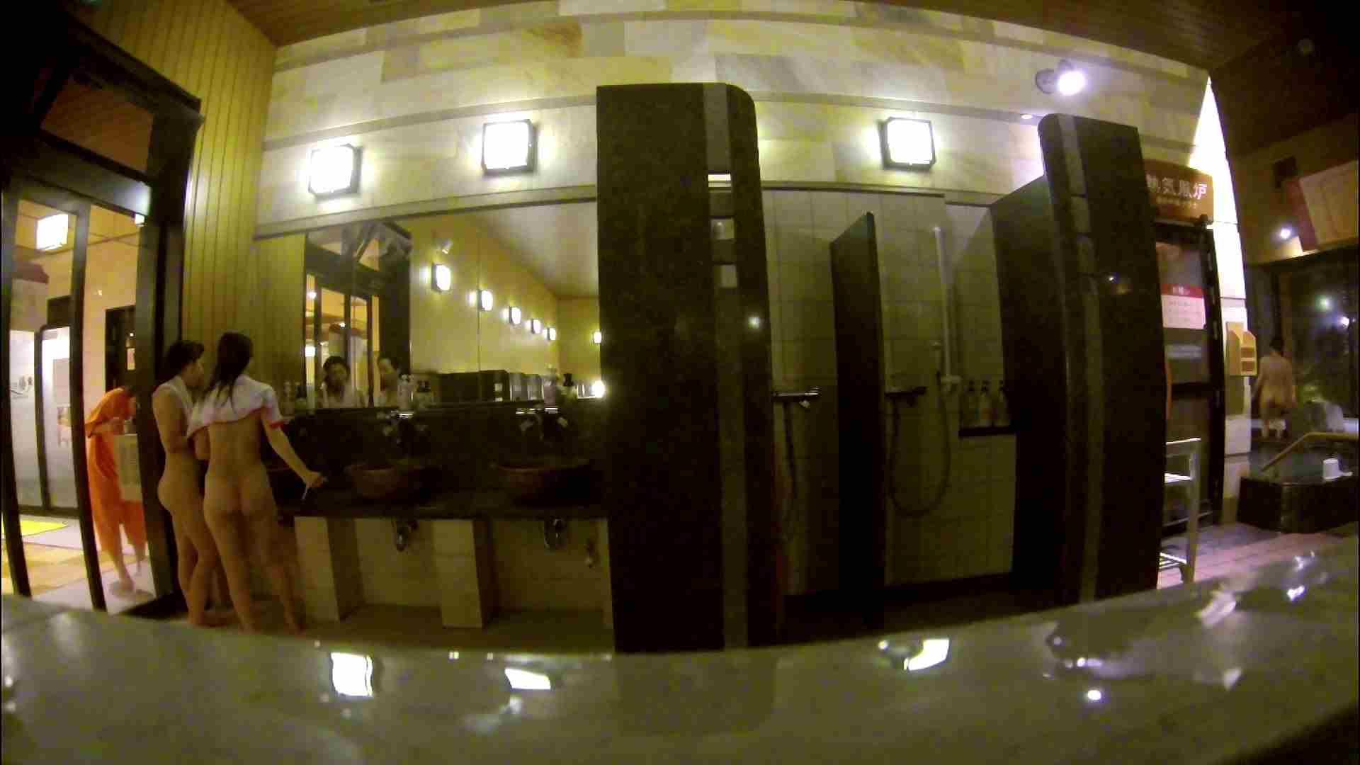 オムニバス!出入り口~シャワー~メイク室と移動。たくさんの女性が登場します 桃色シャワー | 銭湯  92pic 46