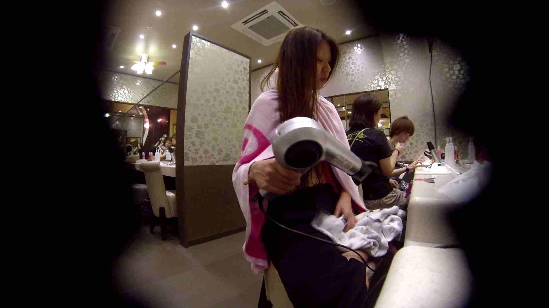 オムニバス!出入り口~シャワー~メイク室と移動。たくさんの女性が登場します 桃色シャワー | 銭湯  92pic 58