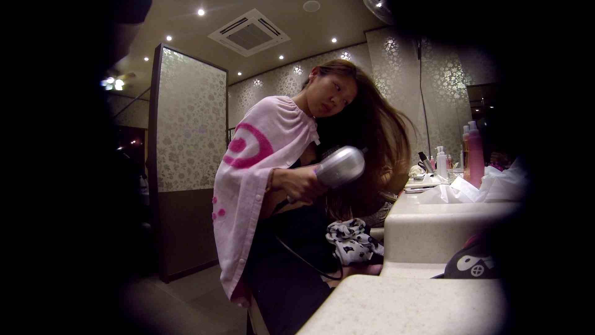 オムニバス!出入り口~シャワー~メイク室と移動。たくさんの女性が登場します 桃色シャワー  92pic 69