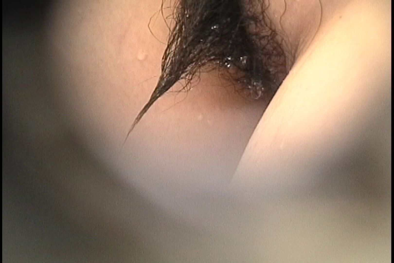 No.107 さすがの画質!濃い陰毛に阻まれ道が見えません 接写 | 桃色シャワー  90pic 46