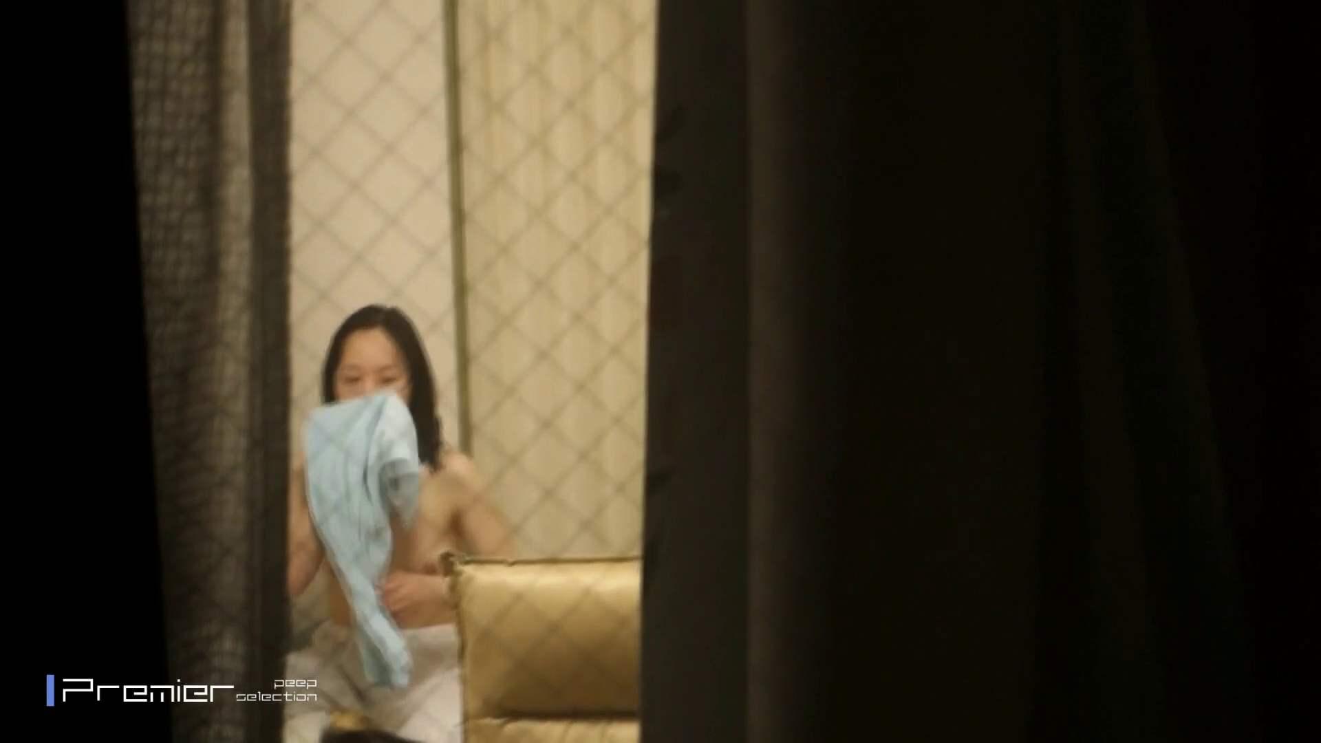 美しい女性のおっぱい隠し撮り 美女達の私生活に潜入! 高画質  86pic 12