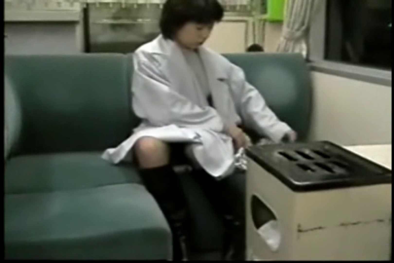 妻と寝台列車にて・・・ 車の中の秘め事   口内発射  82pic 25