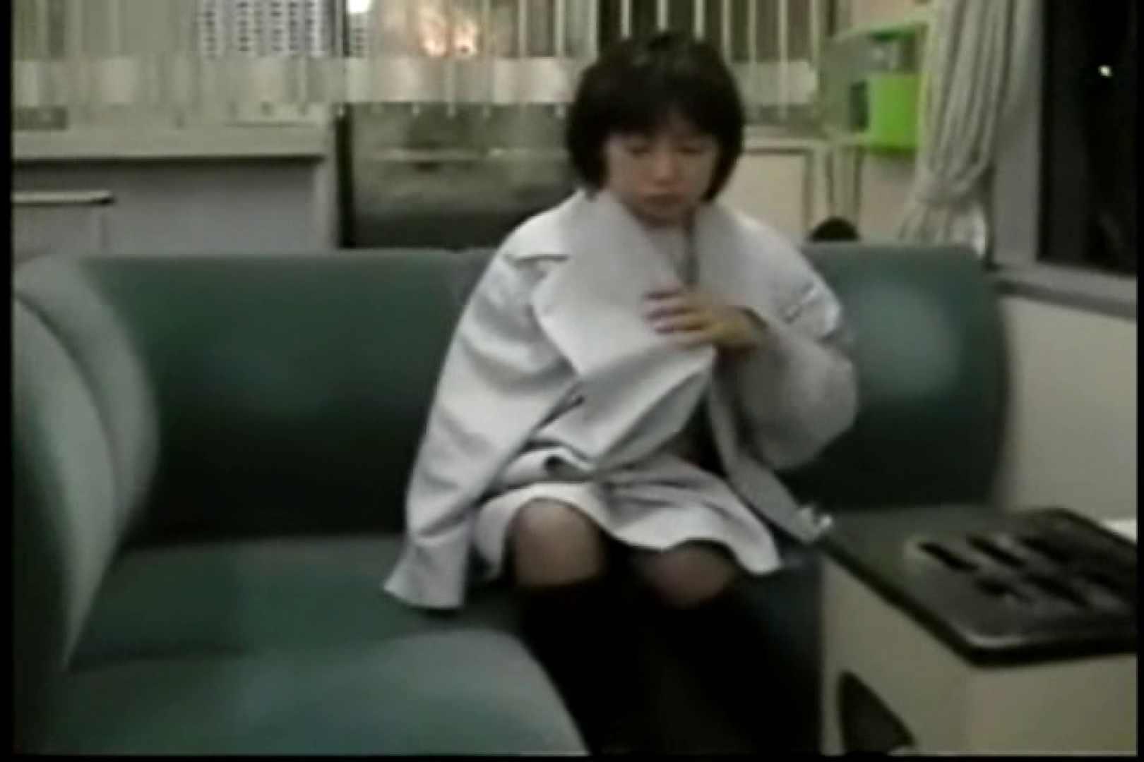 妻と寝台列車にて・・・ 車の中の秘め事   口内発射  82pic 29